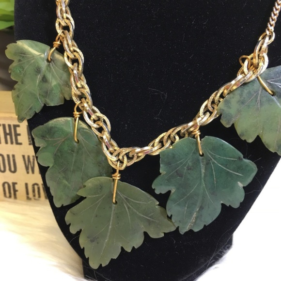 Jewelry - Carved Jade Green Maple Leaves Statement Necklace